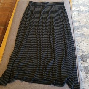 Gray/Black long skirt